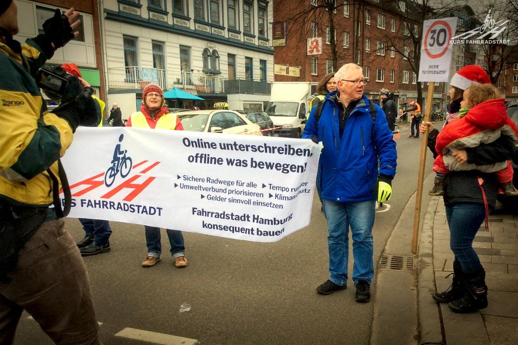 "'Super Radweg geschenkt' oder das ""Mobilitätslabor"" Osterstraße"